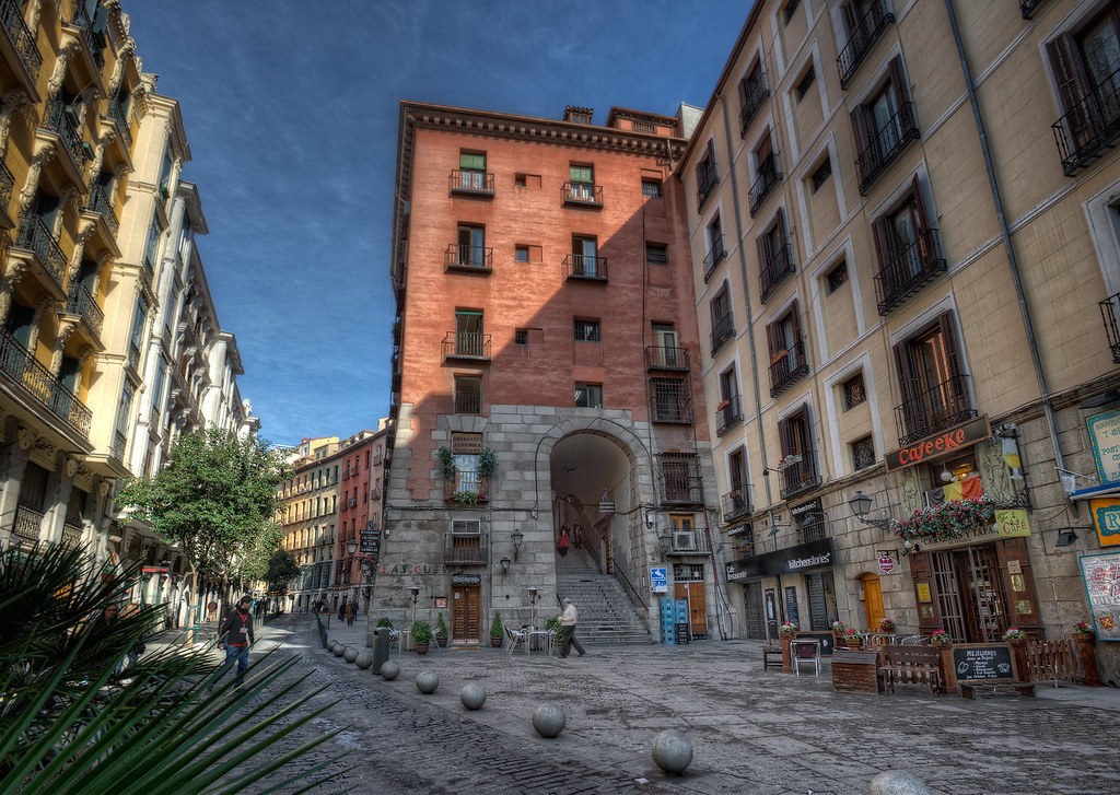 About >> Arco de Cuchilleros, Madrid (Spain), HDR | HDR from five ...