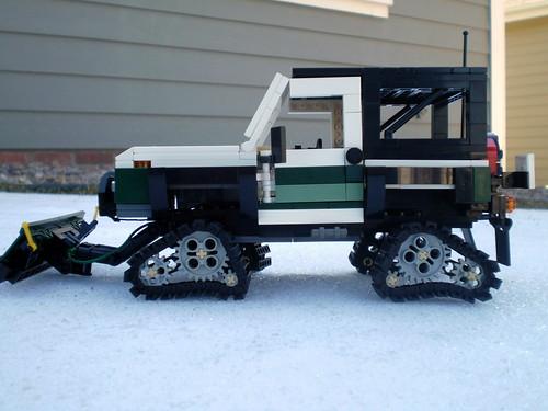 Suzuki Vinson Snow Plow Kit