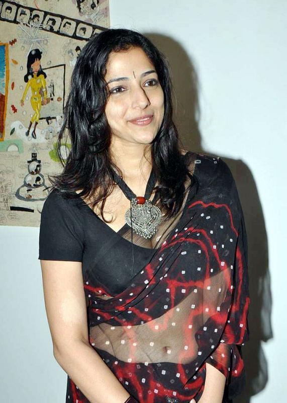 best black hot saree cleavage | Deepika deepika | Flickr