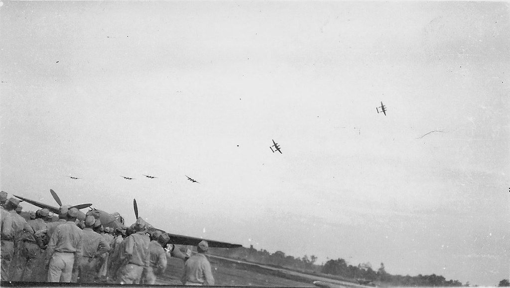 P 38 Lightning Fly Over By 475th Fg Satan S Angels New Gui