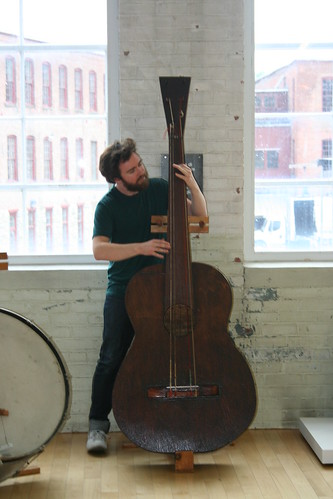 Liam Finn with a Gunnar Schonbeck guitar | by WAMC's The Roundtable