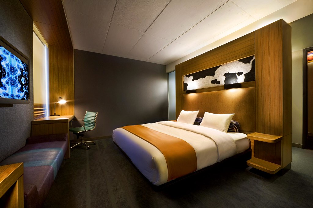 Aloft Hotel Rooms