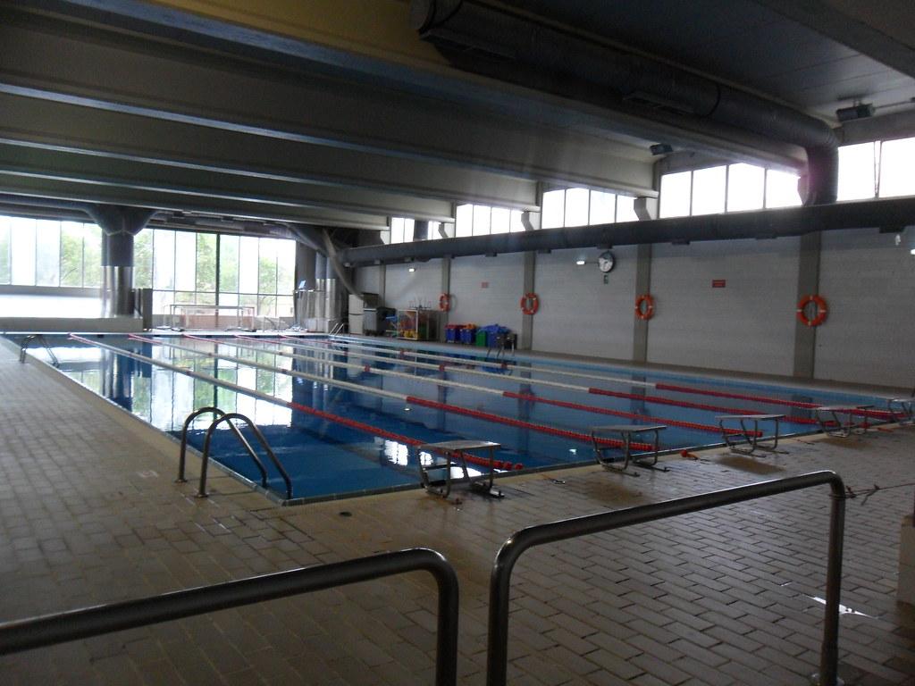 bomberos zaragoza piscina cubierta kdd ma a catalana