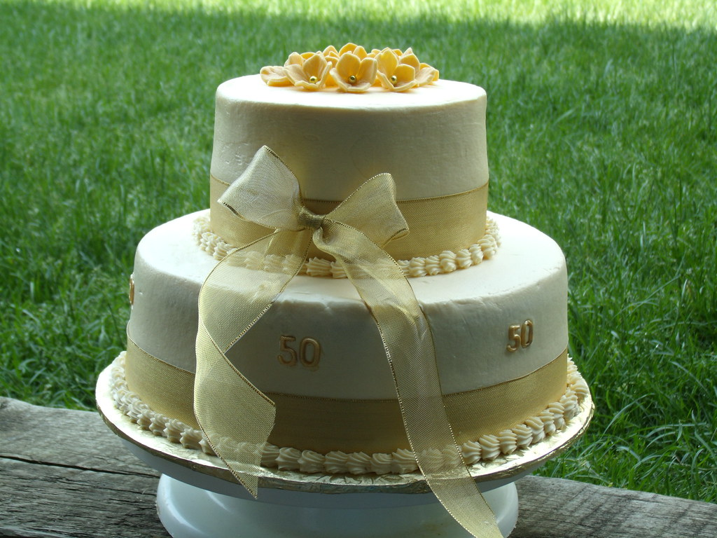 50th anniversary wedding cakes 50th wedding anniversary cake golden yellow cake filled 1134