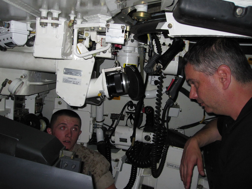 Inside an A1M1 Abrams tank | There is VERY little space in ...