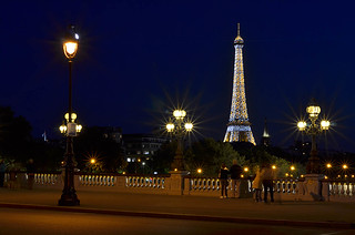 Eiffel Tower from Pont Alexandre. | by pedro lastra