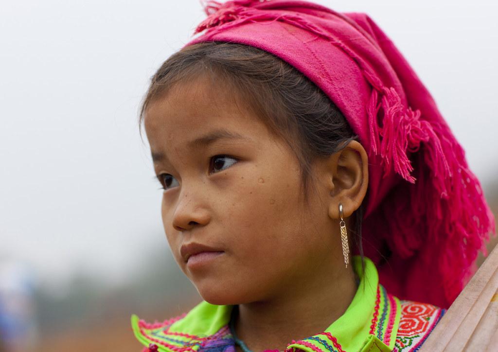 Nude Hmongs 80