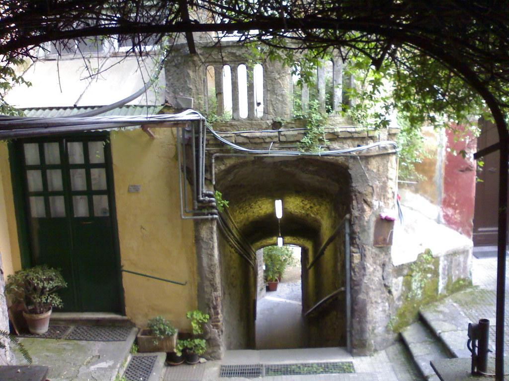 casa vacanze romane 1 il cortile di via margutta 51 a
