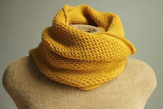 knit honey cowl in mustard yellow | by catparty