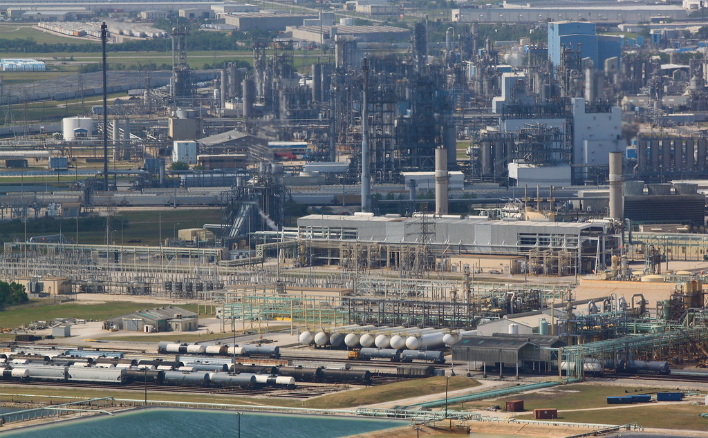 Petrochemical complex la porte tx from san jacinto for La porte houston texas