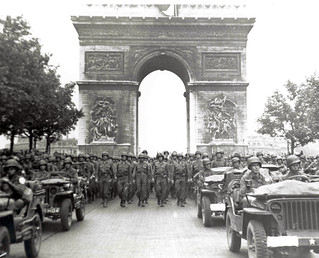 vcorps_28th_inf_div_paris_ww2 | by VCorps_images