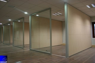 Mampara de oficinas desmontables y divisorias StyleSmart by StyleWall | by Stylewall