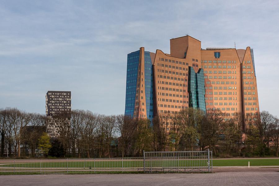 La libert hoofdkantoor gasunie aan de linkerkant de 70 flickr - Bibliotheques ontwerp ...