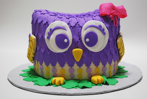 Owl Baby Shower Cake | by Love 'Em Sweet