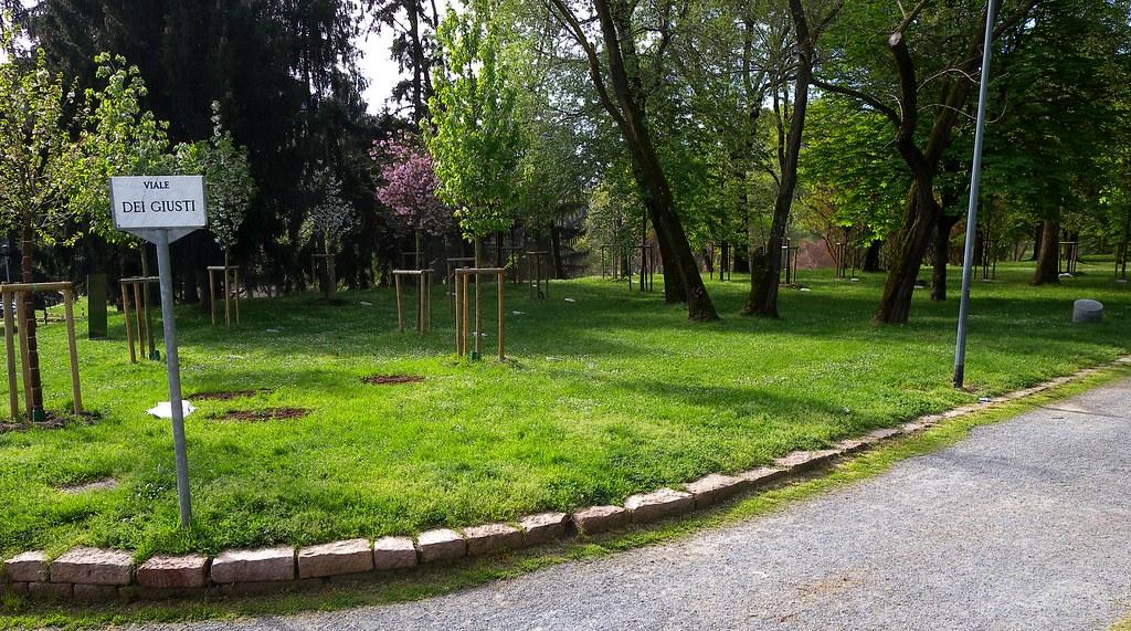 Milano montagnetta di san siro giardino dei giusti flickr for Giardino 3d gratis italiano