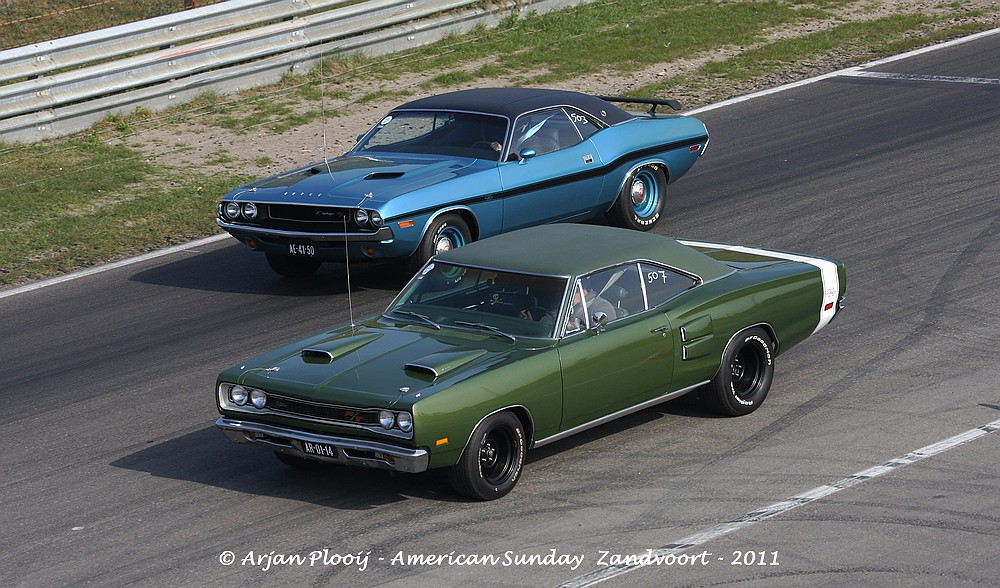 1969 dodge coronet r t 1970 dodge challenger r t s e flickr. Cars Review. Best American Auto & Cars Review