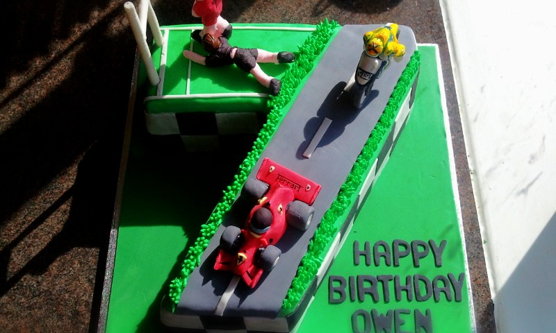 Rossi Birthday Cakes