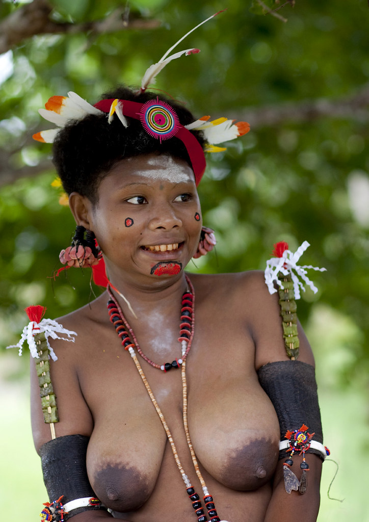 papua new guinea girls naked