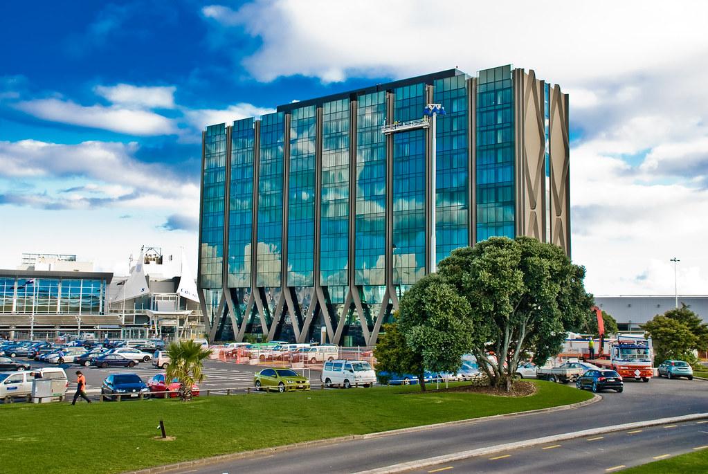Novotel Auckland Airport Hotel - Book Hotel Online