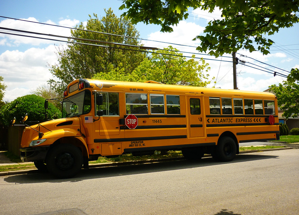 how to start a school bus company
