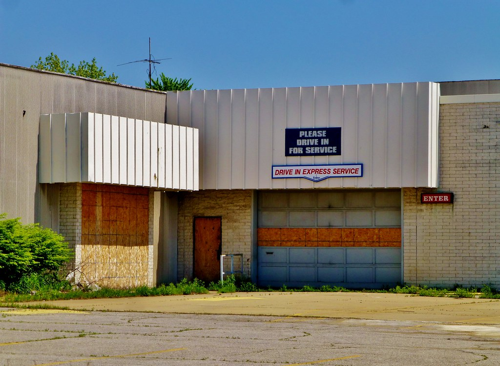 old sears auto center north randall this sears store was a flickr. Black Bedroom Furniture Sets. Home Design Ideas
