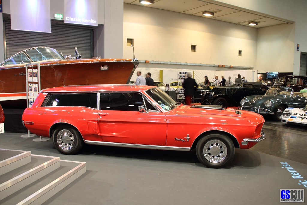 1968 Ford Mustang Station Wagon Custom 02 Riva Boat In