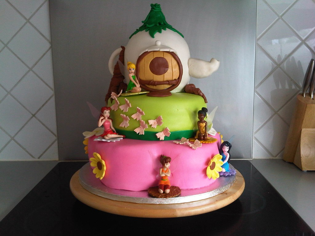 Tinkerbell And The Fairies Birthday Cake