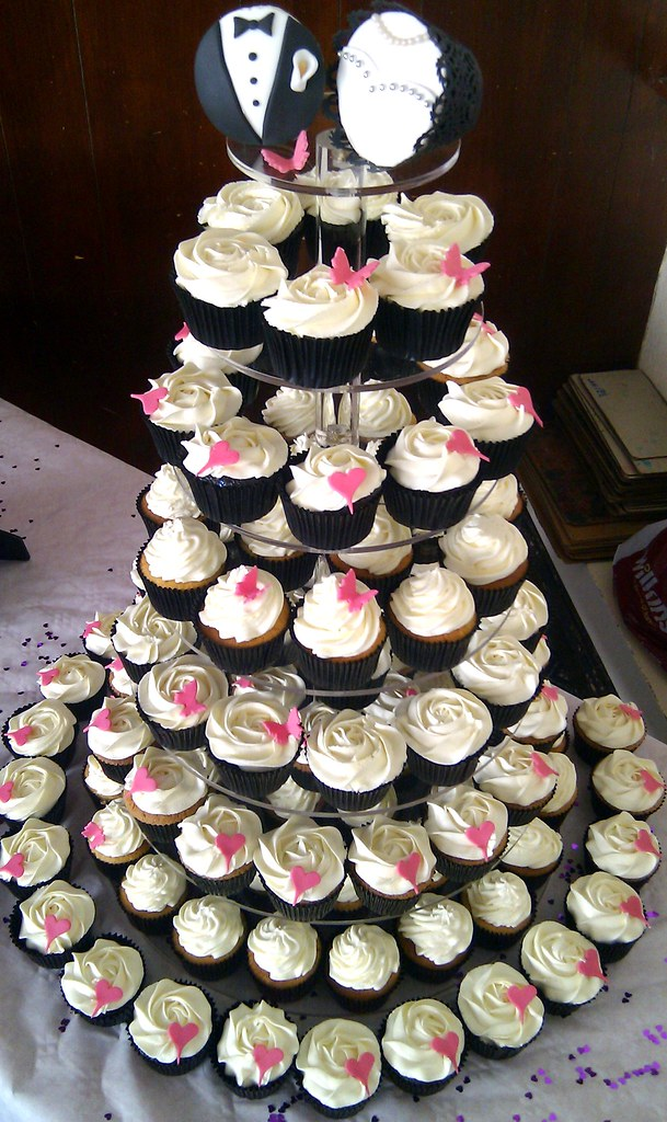 Black And White Wedding Cupcake Tower This Is A Display
