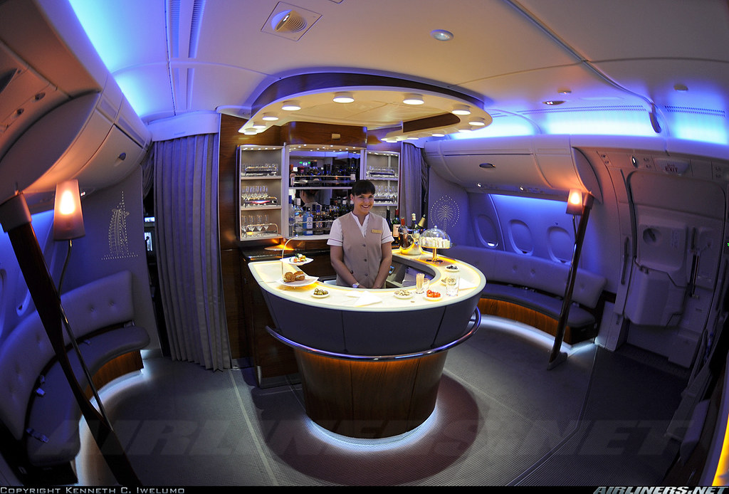 Airbus a380 interieur yann kilo mike flickr for Interieur airbus a380