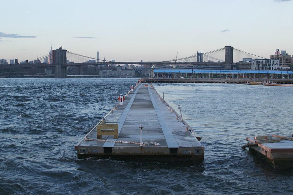 Muelle número 5 en Brooklyn NY