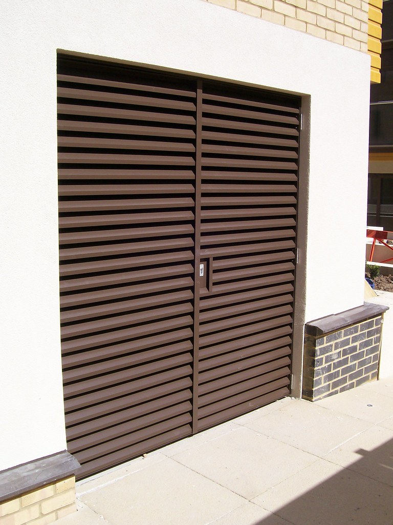 Louvred Bin Store Doors Nationwide Louvre Company Are Able Flickr