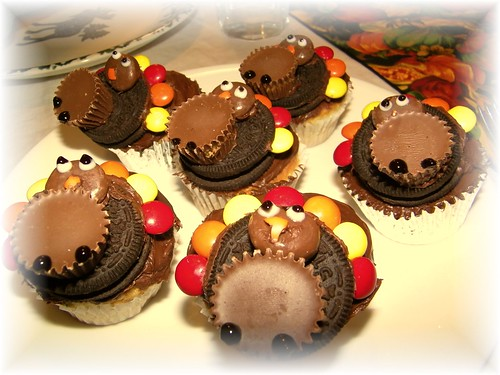 maggie's homemade thanksgiving cupcakes | by Michael Horan