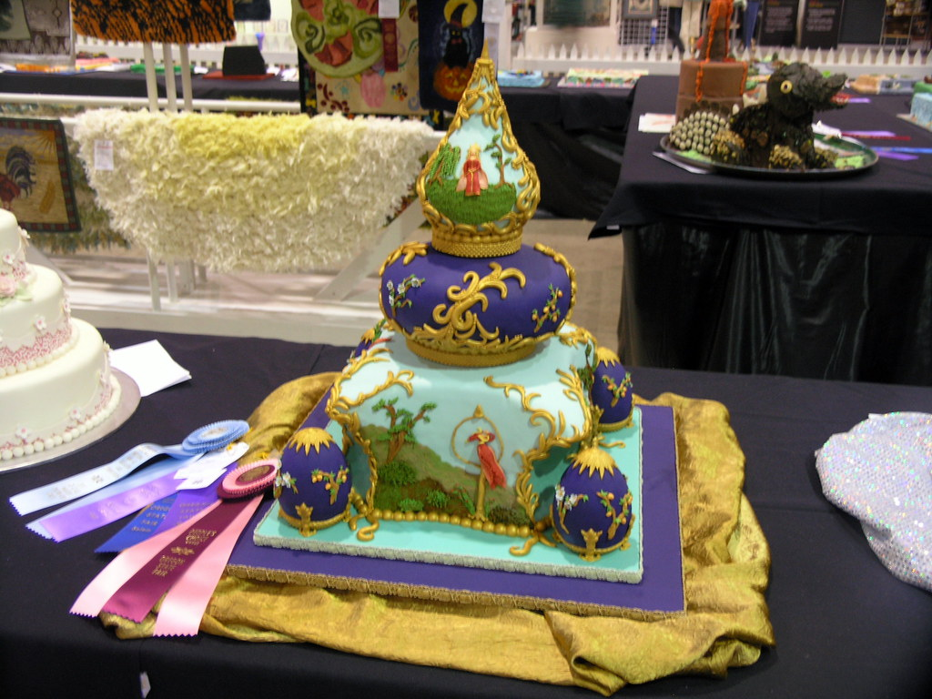Cake Decorating Competition Guidelines : Cake Decorating Contest One of the entries in the cake ...