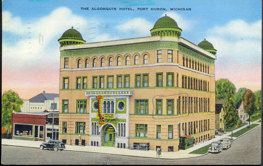 Hotels Near Algonquin Park Canada