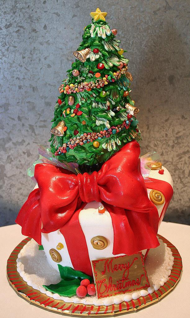 Elaborate Christmas Cakes
