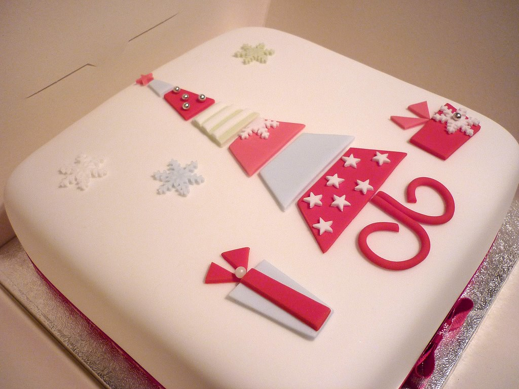 Cake Design Rectangle : Christmas tree cake This is a christmas cake that I made ...