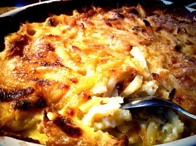 Картофельная запеканка с анчоусами и сливками. Jansson