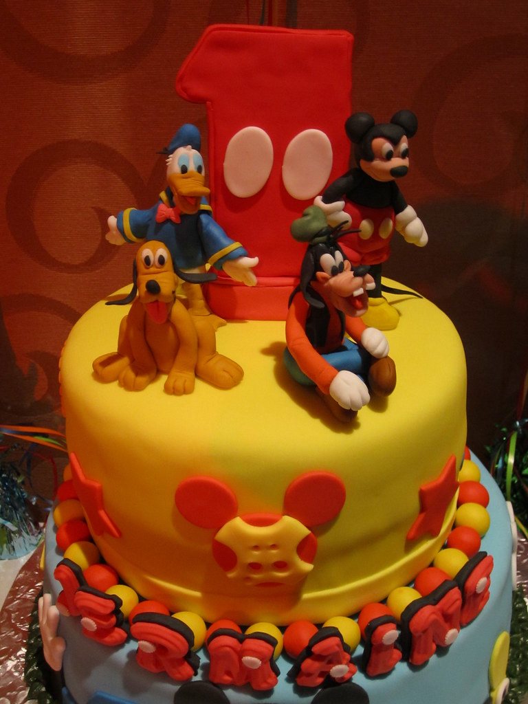 Birthday Cake With Mickey Donald Duck Goofy And Pluto