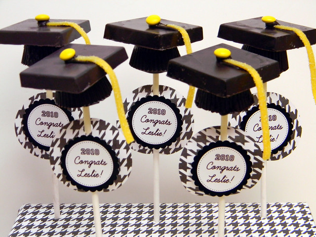 Graduation Cake Pops Bakerella
