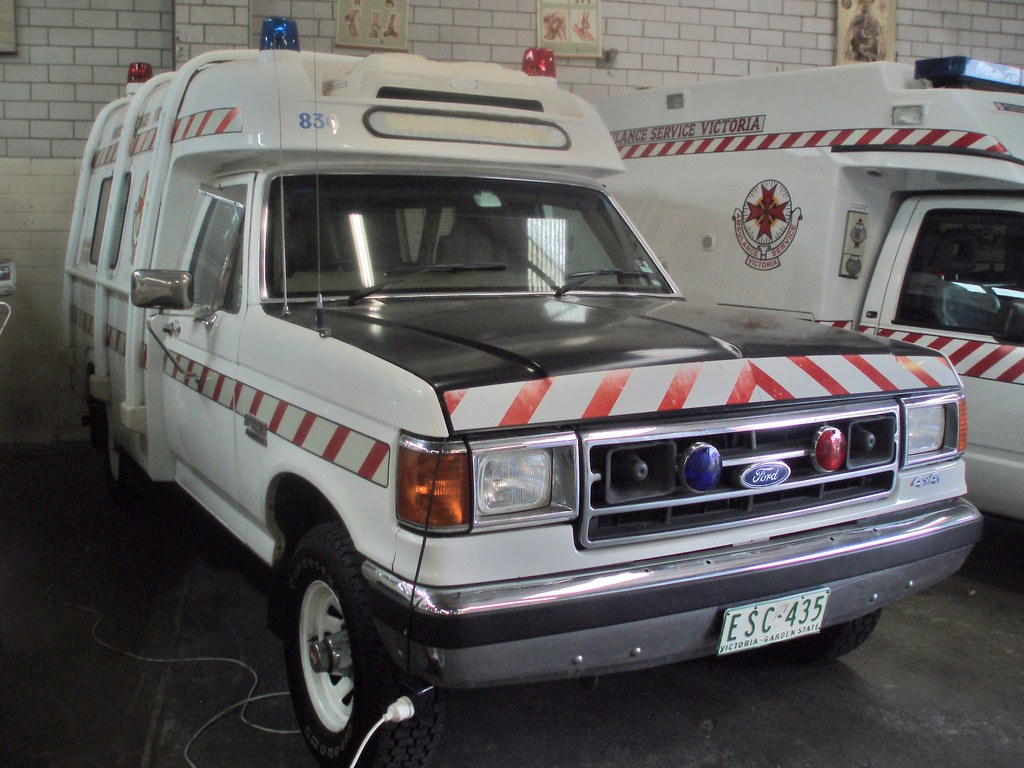 1992 Ford F 150 4wd Ambulance 1992 Ford F 150 4wd Ambulanc Flickr