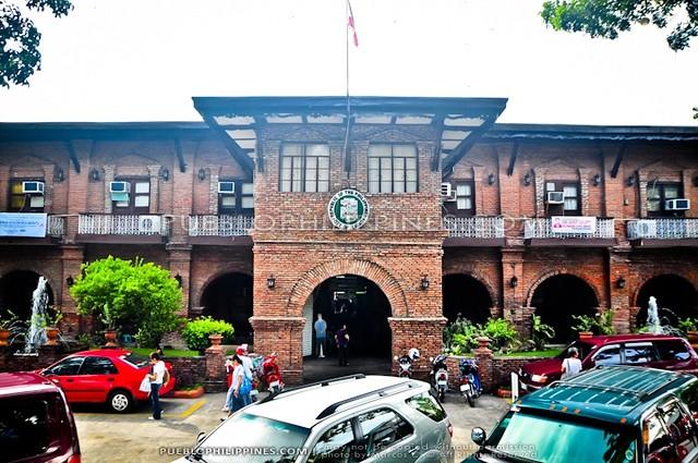 laoag city hall ilocos norte 1010 1011 flickr