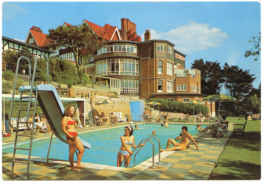 The chine hotel boscombe spa hotel 23 25 boscombe spa r for Chaine hotel
