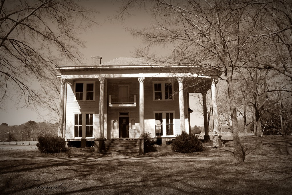 Southern plantation for a history for Abandoned plantation homes for sale
