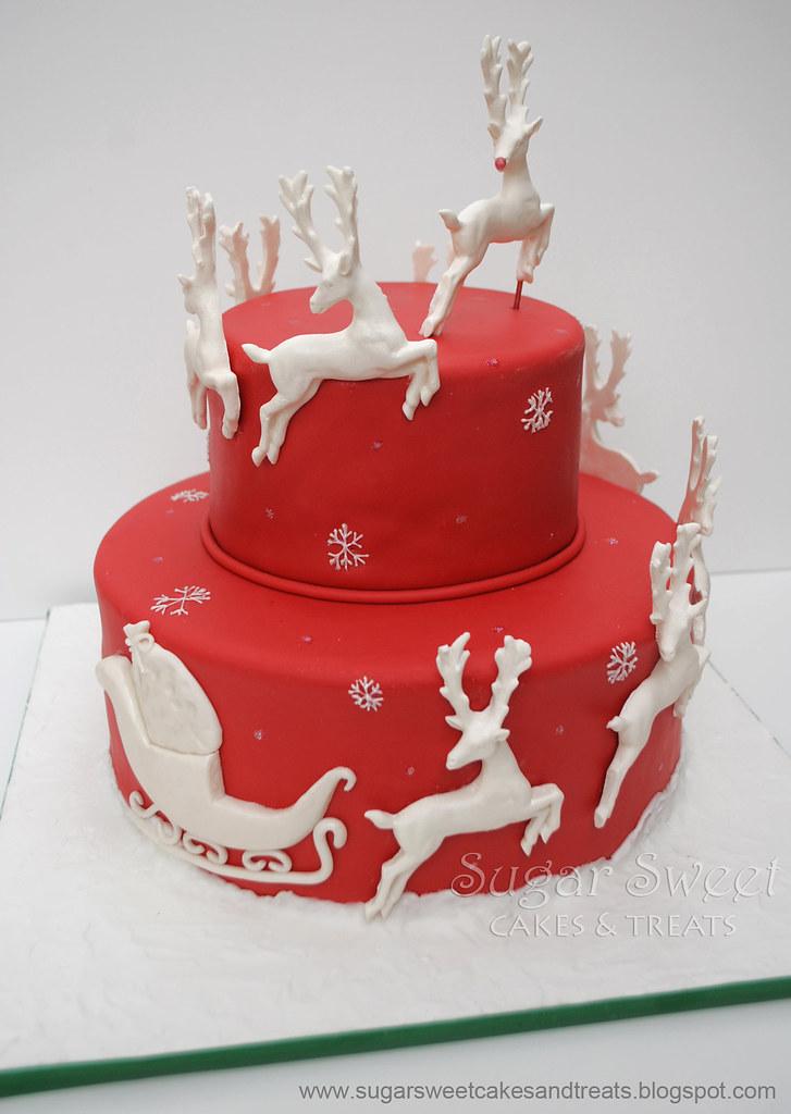 Beautiful Christmas Cake Images : 2010-12 Christmas Sleigh and Reindeer Cake I donated ...