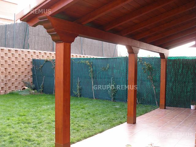 Porche de madera pecho paloma flickr photo sharing - Hacer un porche ...