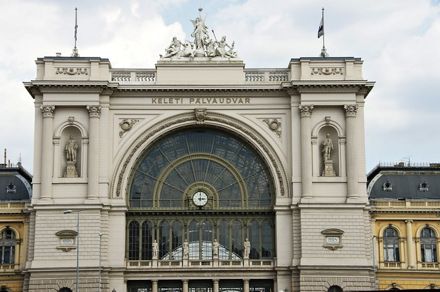 budapest keleti p lyaudvar east main railway station flickr photo sharing. Black Bedroom Furniture Sets. Home Design Ideas