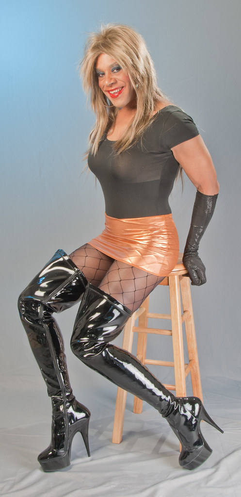 Leotard Miniskirt Gloves Amp Sexy Boots Here S Another