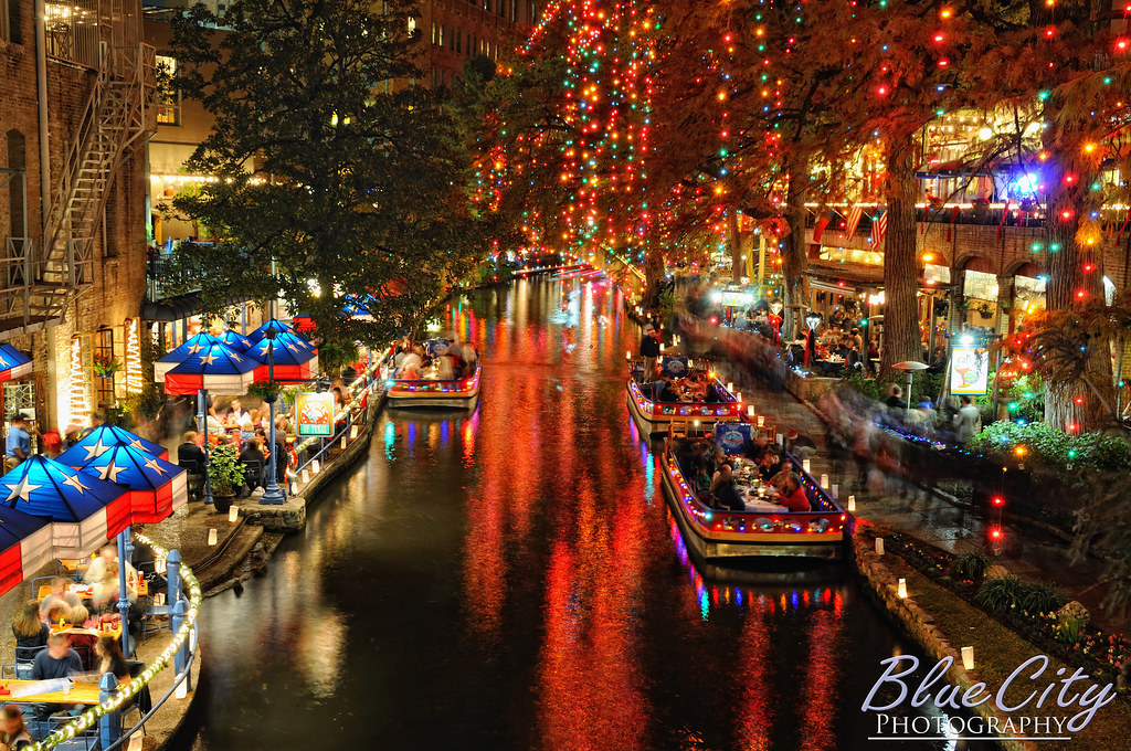 Riverwalk Christmas Lights | The famous Riverwalk in downtow… | Flickr