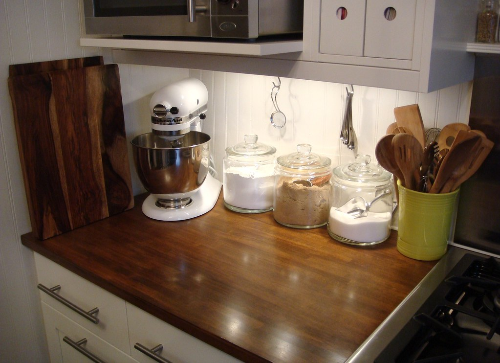 White Kitchenaid white kitchenaid stand mixer | i'm going neutral on all of o… | flickr