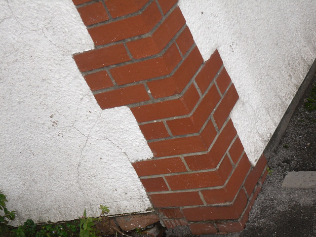 Brick quoin banastre avenue cardiff this is the corner for Brick quoin corners